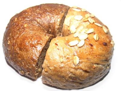 【お取り寄せパン】 べーグルUとブラウニーのグレインズを食べ比べ