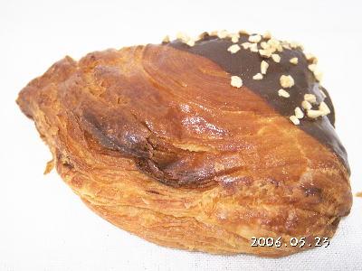 【パン工房DEKO】 高崎市東貝沢町 チョコデニッシュ
