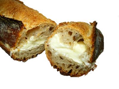 【石臼挽きパン ピエール】 練乳バターフランス 高崎市下小鳥町